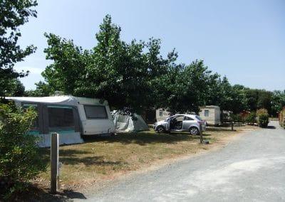 une allée du camping